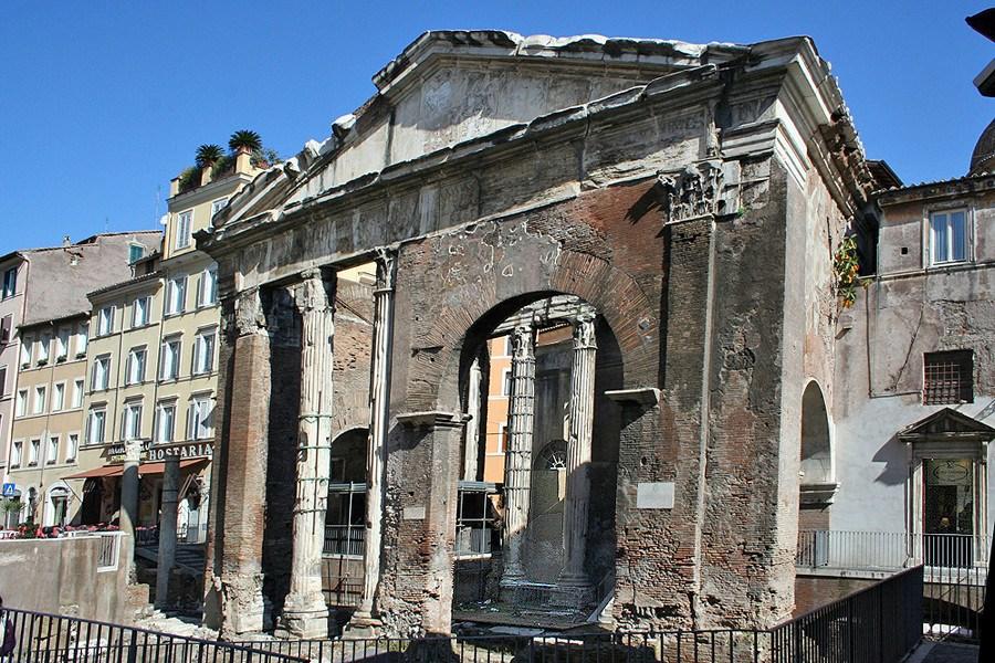 Bildresultat för portico ottavia roma