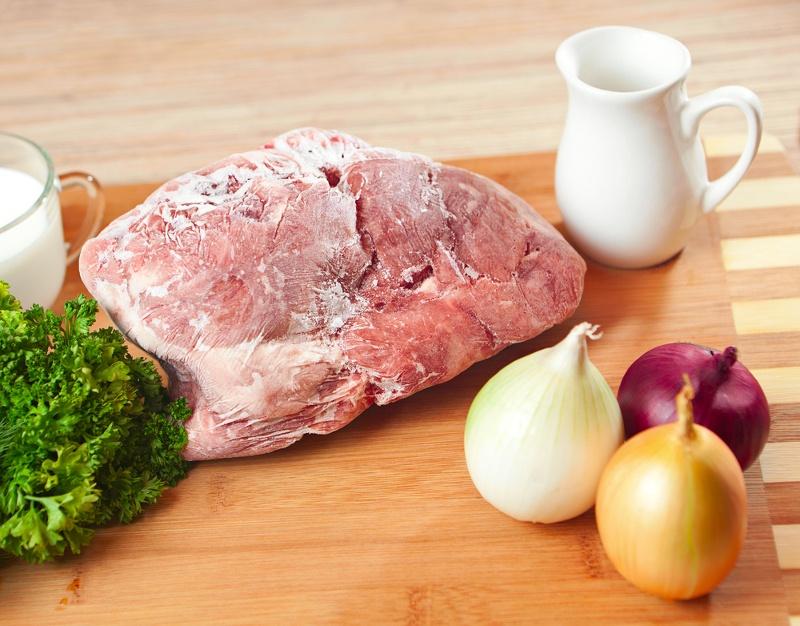come scongelare la carne velocemente