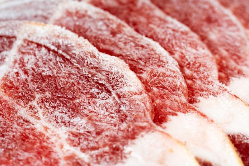 come scongelare la carne
